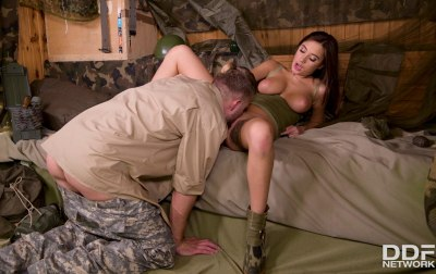 Army Babe Fucked By Sergeant | Liya Silver, Vince Carter