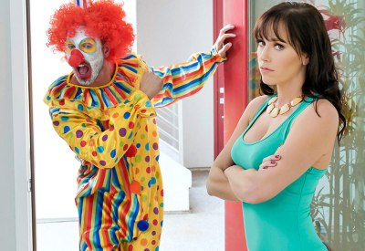 Horny Clown Dick Down   Alana Cruise, Quinton James