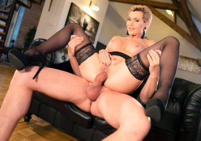 Russian MILF romanced in stockings | Subil Arch, Steve Q