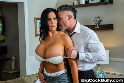 Sybil Stallone is tired of her husband's bullying and his little dick (with Charles Dera)