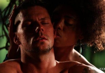 Luna Corazon & Angelo Godshack   Paradise Sex