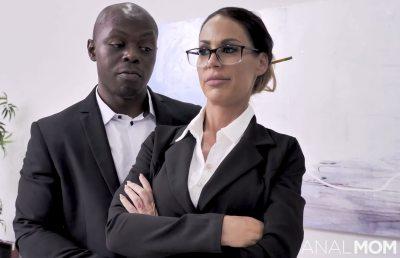 Whos Boss | McKenzie Lee