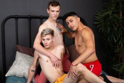 Learning To Play Together | Scott Finn, Tyler Lakes, Cyrus Stark | Bareback