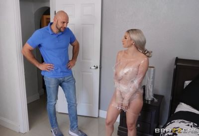 Skylar Gets Wrapped And Tapped | Skylar Vox, JMac