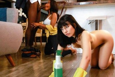 Putting Her To Work | Jenna Foxx, Daphne Klyde