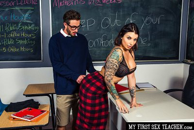 Ivy LeBelle fucks her A+ student (with Lucas Frost)