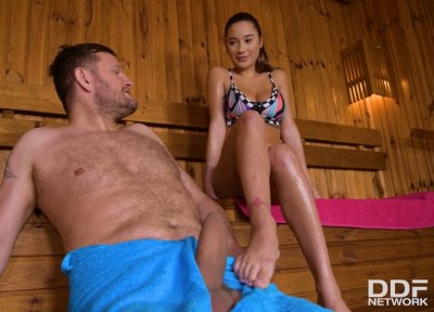 Sexy Sauna Seduction | Liya Silver, Yanick Shaft