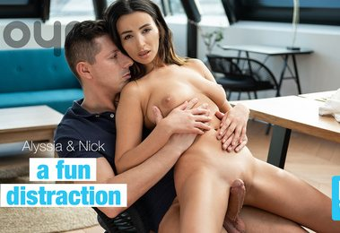 A Fun Distraction | Alyssia Kent, Nick Ross
