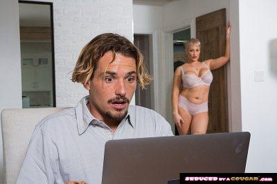 Ryan Keely Fucks Young Cock (Tyler Nixon)