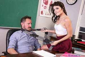 Adria Rae & Alec Knight in Naughty Bookworms (2016)