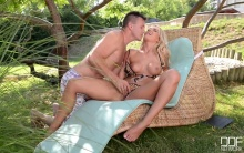 Cum Play With Me – Blonde Loves Hardcore Fucking in The Garden – Aisha, Choky Ice (2016)