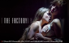 The Factory – Alessandra Jane, Anabelle (SexArt / 2016)