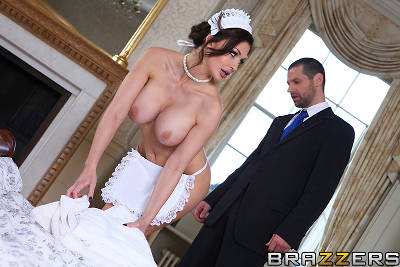 Give the Maid the Tip – Aletta Ocean, Jay Snake (2013)