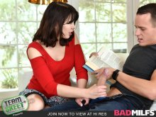 Sly Stepmom Catches A Fox – Blair Williams, Amber Chase (2017)
