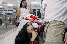 Latina Gets Facial In Laundromat – Annika Eve (2017)
