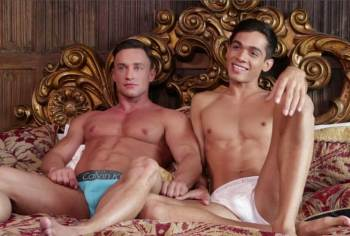 Ashton Summers Goes Full Spread Eagle For Alexander Volkov (LucasEntertainment / 2015)