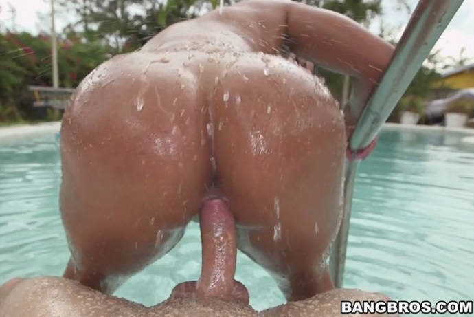 Big latina ass get pulverized! – Sofia Char
