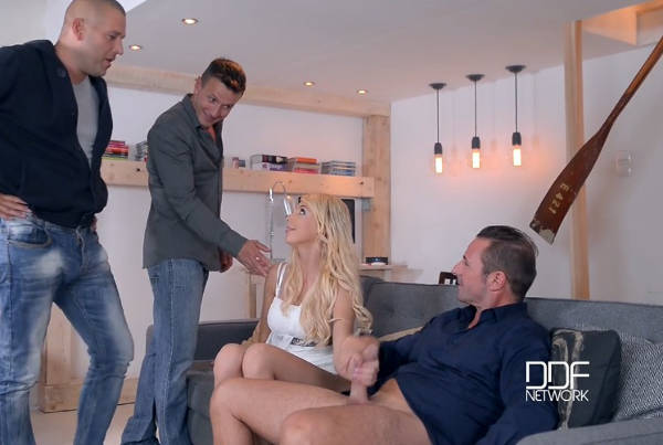 Foursome Fantasies: Gorgeous Blonde Gets Stuffed By 4 Studs – Kimber Delice (DDF / HandsOnHardcore / 2016)