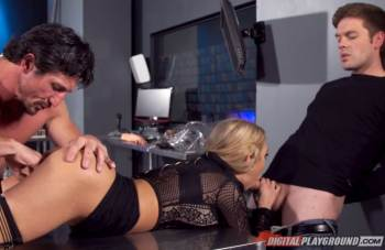 Sex Machina: A XXX Parody – Scene 4 – Mia Lelani, Alec Knight, Tommy Gunn & Ryan Ryder (DigitalPlayground / 2016)