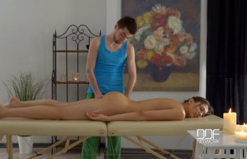 Masseuse On A Mission – Teen Pussy Fucking Appointment – Jordan (2016)