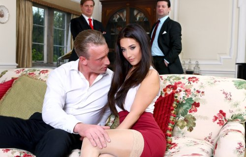 The Fixer – Eva Lovia, Luke Hardy