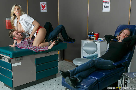 Hot Nurse Gets The Cock Pumpin' – Julia Ann, Danny D (2015)