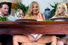 Stuffing the Turkey – Julia Ann, Lily Rader & Lucas Frost (2016)