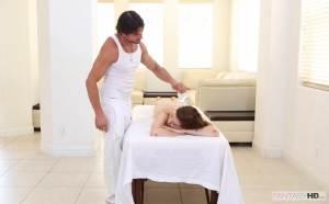 Hot Teen Massage – Kacey Warner, Tommy Gunn (2014)