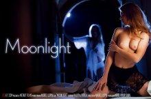 Moonlight – Sybil Arch, Kalisy (SexArt / 2017)