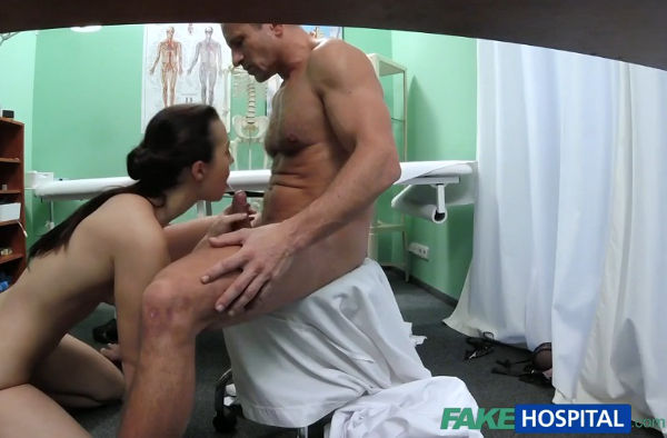 FakeHospital – Patient wants her wet pussy inspected – Krystina Cerna (FakeHub / 2015)