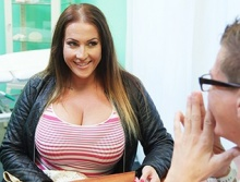 Babe wants cum on her big tits – Laura Orsolya (2016)