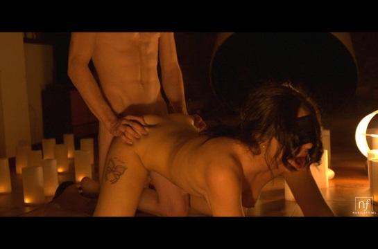 Blow The Candles – Luna Ruiz, Lobo (2016)