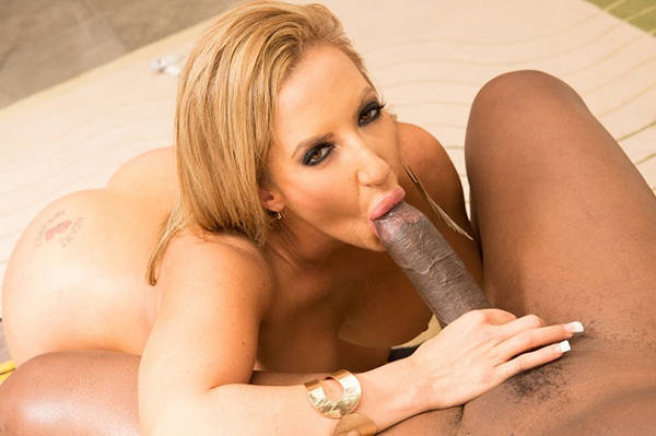 Richelle Ryan's Giant Tits Vs Lexington Steele's Giant Cock (JulesJordan / 2016)