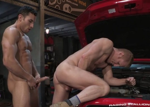 Ricky Decker, Johnny V – Drive Shaft (RagingStallion / 2016)