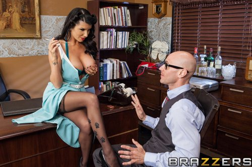 Mad Muff – Romi Rain, Johnny Sins (2013)