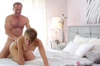 Intimate creampie for brunette MILF – Sasha Zima, George Uhl