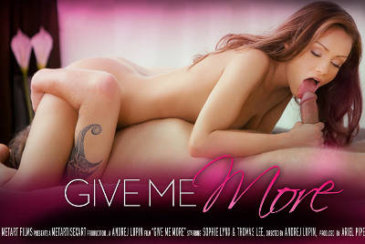 Give Me More – Sophie Lynx, Thomas Lee (2013)