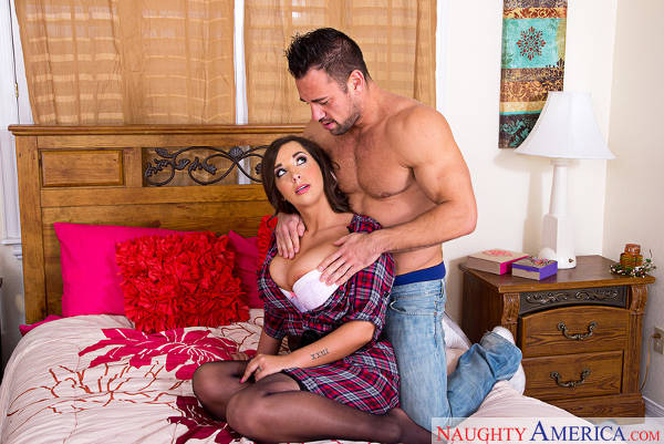 Sydney Leathers & Johnny Castle in American Daydreams (NaughtyAmerica / 2016)