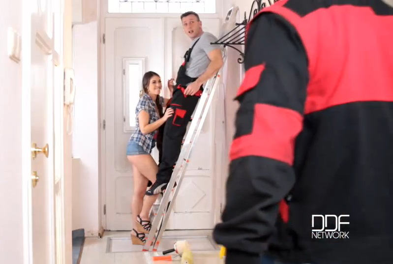 The Handymen Can: Young French Student Blows Two Cocks – Tiffany Doll (DDF / OnlyBlowJob / 2016)