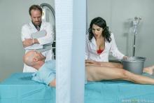 A Nurse Has Needs – Valentina Nappi, Johnny Sins (2016)