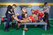 The Brazzers Halftime Show II – Phoenix Marie, Veronica Avluv, Romi Rain & Brooklyn Chase (2017)