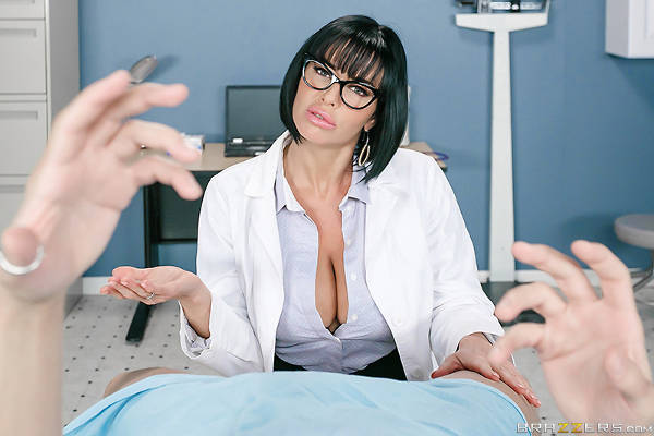 Stroke It For Me – Veronica Avluv, Xander Corvus (Brazzers / DoctorAdventures / 2016)