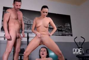 Mouth Wash Mondays – Wendy Moon, Mea Melone & David Perry (2016)