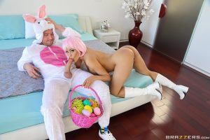 The Great ZZ Egg Hunt – Luna Star, Van Wylde