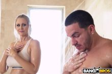 Fucking The Stepson In The Shower – Julia Ann, Peter Green (2017)