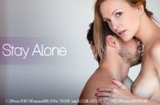 Stay Alone – Belle Claire, Kristof Cale (2018)