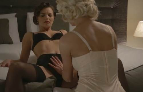 Peeping Tom – Lena Love, Suzie Carina (2014)