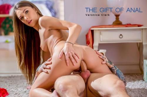 The Gift Of Anal – Veronica Clark, Dean Van Damme (2017)