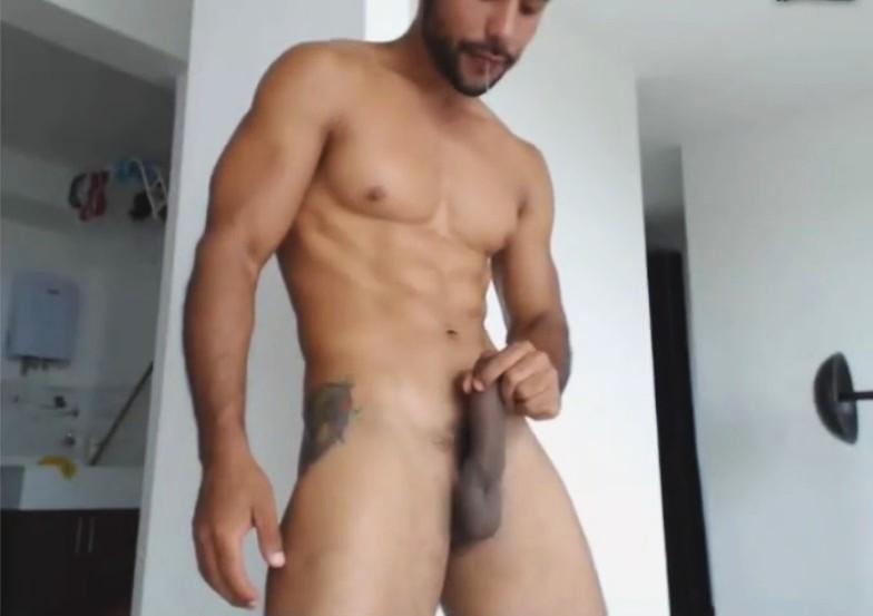 Yummy Muscular Latino Cam-Show