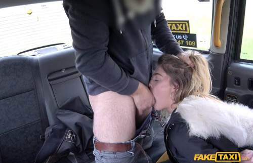 FakeTaxi – Student desires drivers cock again – Rhiannon Ryder (FakeHub / 2017)